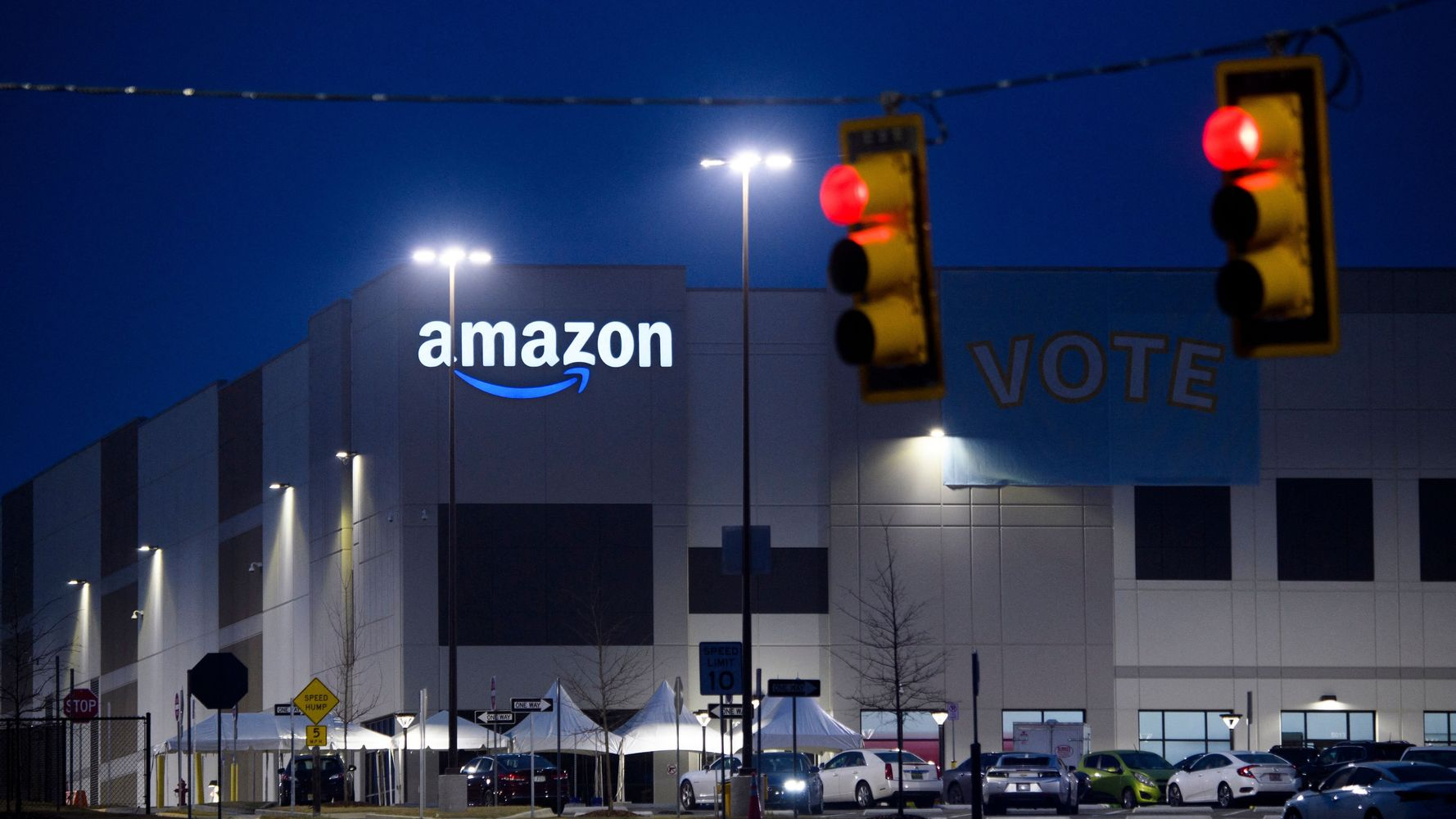 how-amazon-crushed-the-union-threat-in-alabama
