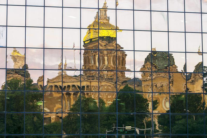 take-more-precautions-for-covid-19-at-the-iowa-capitol-ohsa-urges
