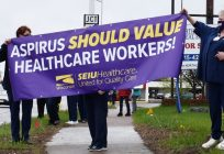 Health workers in Wisconsin Rapids rally before controversial contract negotiations