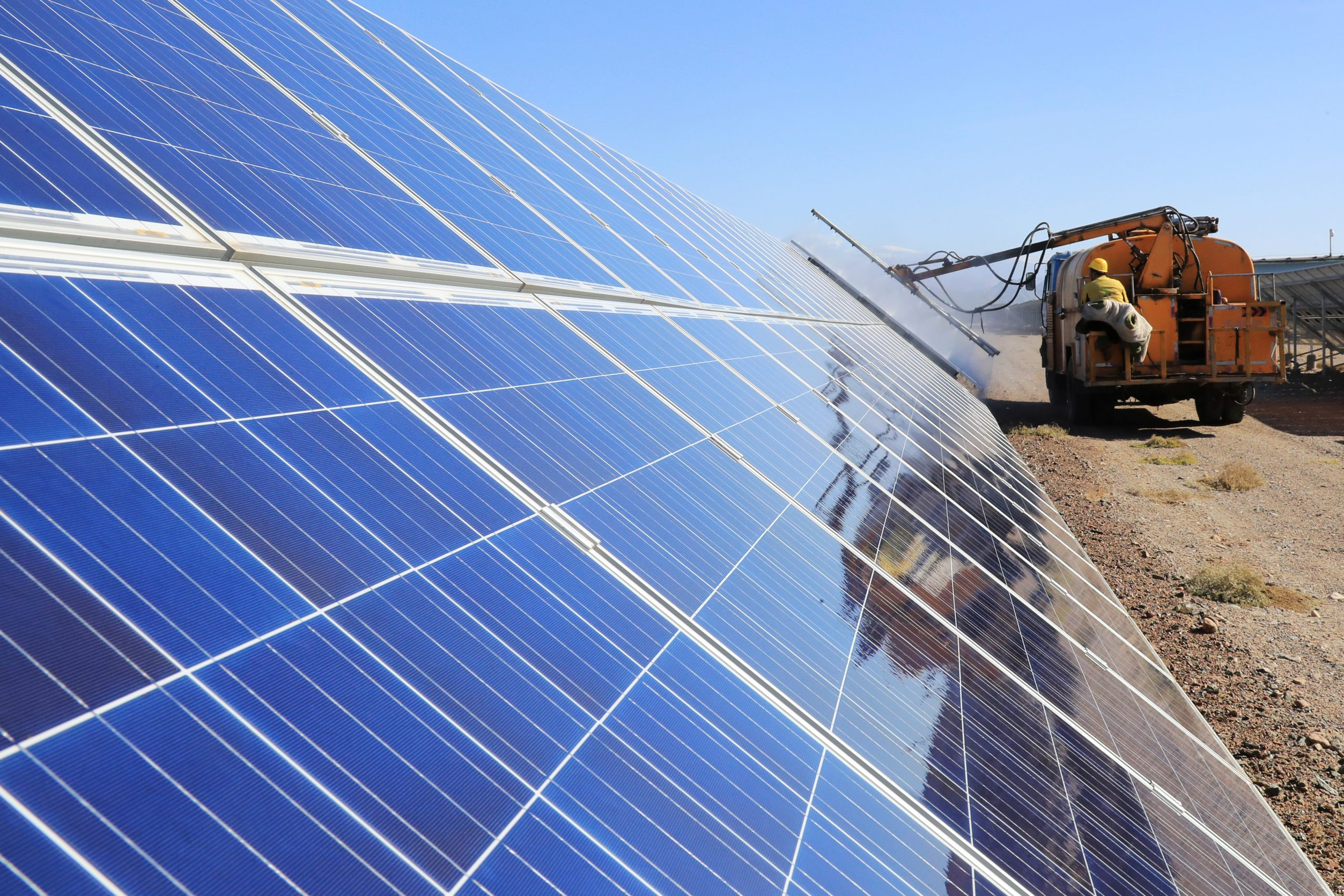 new-allegations-of-forced-labor-at-chinese-solar-manufacturers-voice-of-america