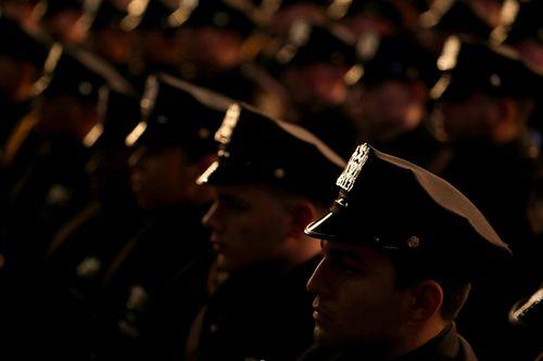 dies-ist-ein-groser-schritt-fur-die-strafverfolgung-polizeigewerkschaften-andern-ihre-haltung-zum-schutz-schlechter-beamter
