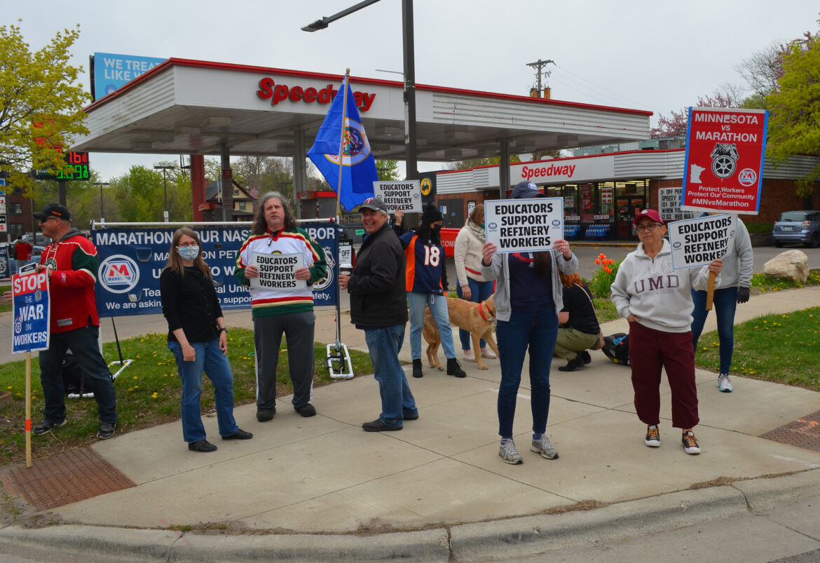 teamsters-battle-it-out-for-marathons-as-the-refinery-dispute-enters-its-fifth-month
