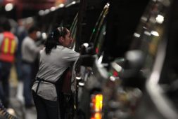 mexico-extends-deadline-to-repeat-vote-on-controversial-gm-contract