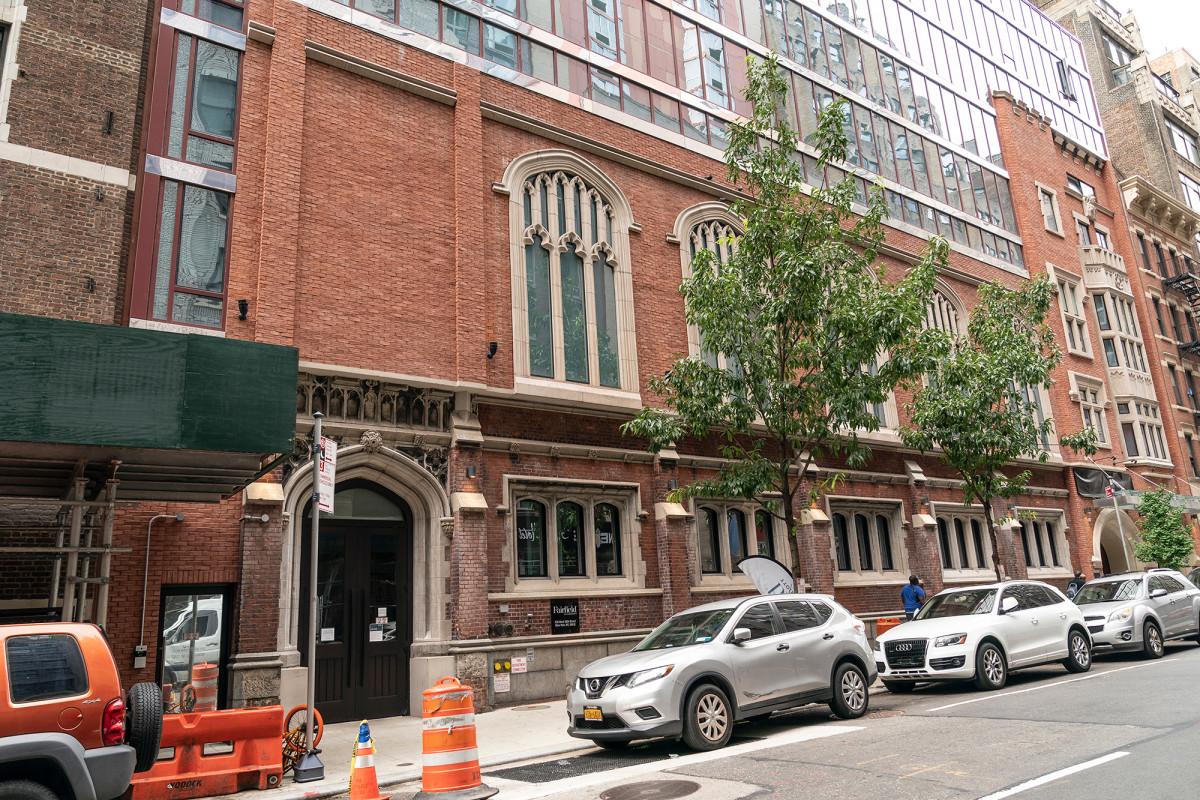 de-blasio-nyc-city-councilor-raises-pay-raise-for-homeless-guards