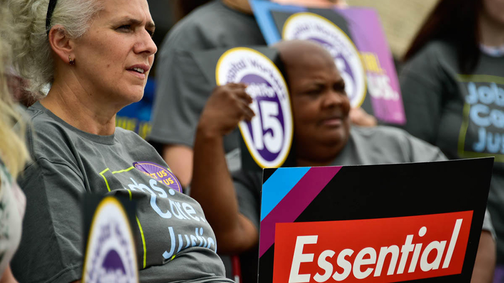 indiana-health-care-workers-rally-for-a-higher-minimum-wage