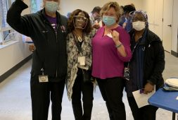 portland-health-care-workers-celebrate-groundbreaking-new-contract-public-news-service