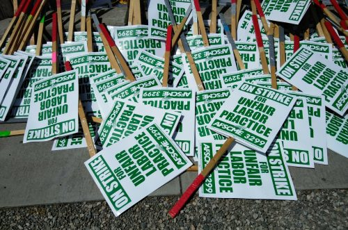 uc-strike-signs-and-signs-4-10-19-500×331.jpg